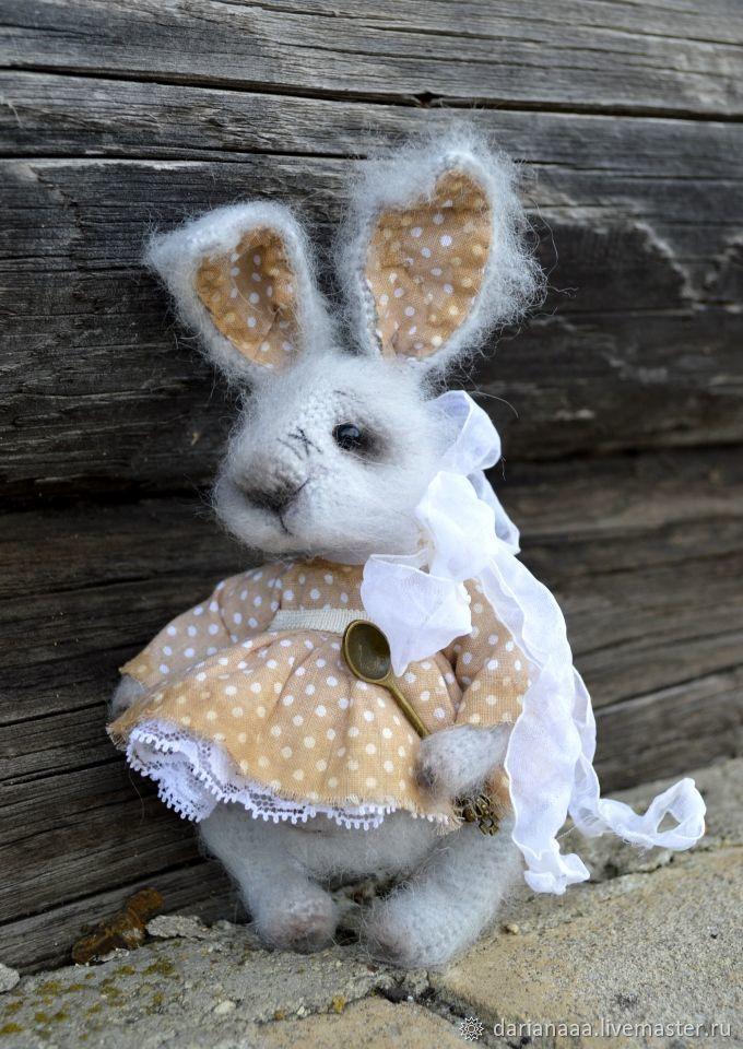 Купить Зайка Малютка - серый, подарок девушке, зайка, подарок женщине, вязаная игрушка