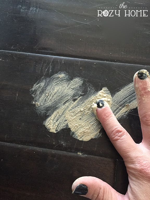 Fixing scratches on hard wood flooring using Elmer's Stainable Wood Filler