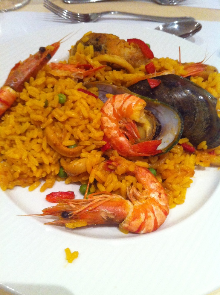 Super #paella for 30 couverts. Nice job.