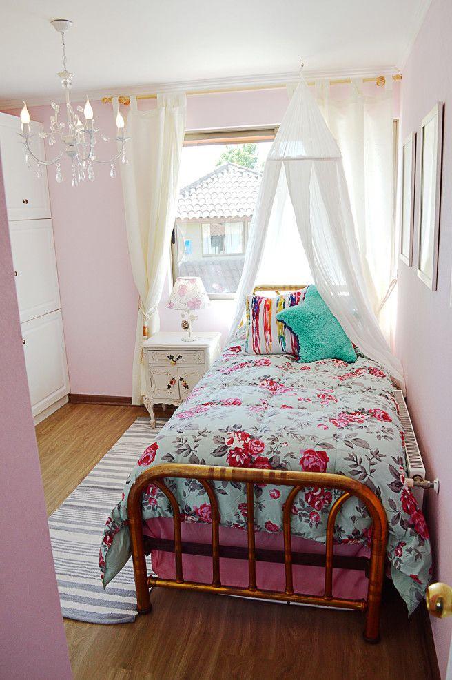 dormitorio de niña con encanto clásico