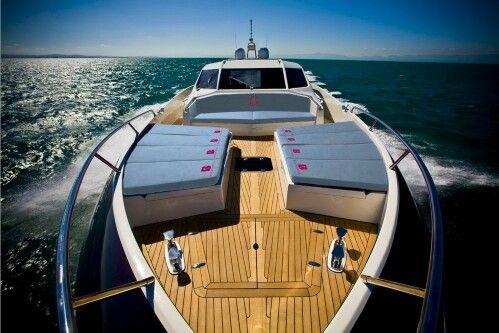 Beachsheet on the boat
