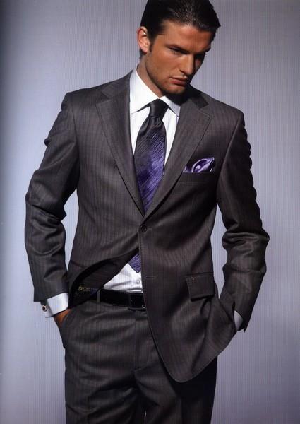 Мужские дизайнерские костюмы по разумным ценам