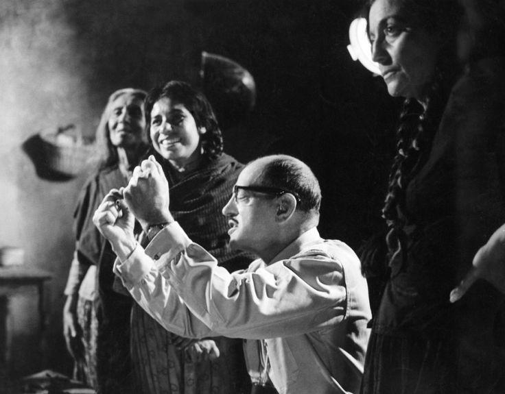 Luis Buñuel on the set of Nazarin(1959)