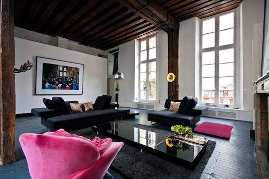 .: Paris Apartment, Parisians Apartment, Living Rooms, Open Spaces, Design Interiors, Interiors Design, Pink Chairs, Hot Pink, Industrial Design