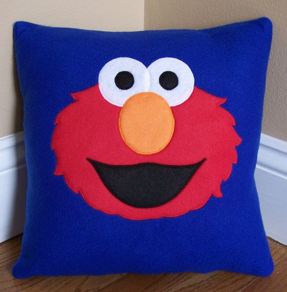 Elmo Pillow por My3SillyMonkeys en Etsy