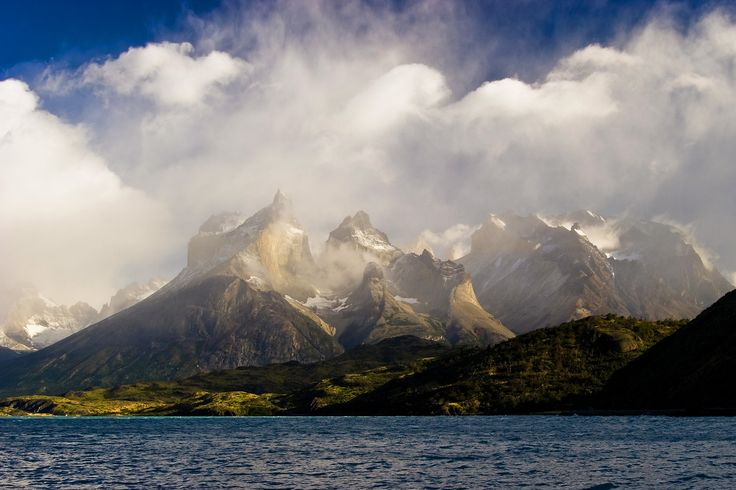 Andean landscapes of the Lake District across the mountains to explore Patagonia Glaciers and Tierra del Fuego. Cosmopolitan Cities with a modern lifestyle and excellent restaurants.