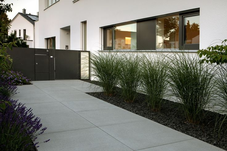 7 best Vorgarten images on Pinterest House entrance, Landscaping