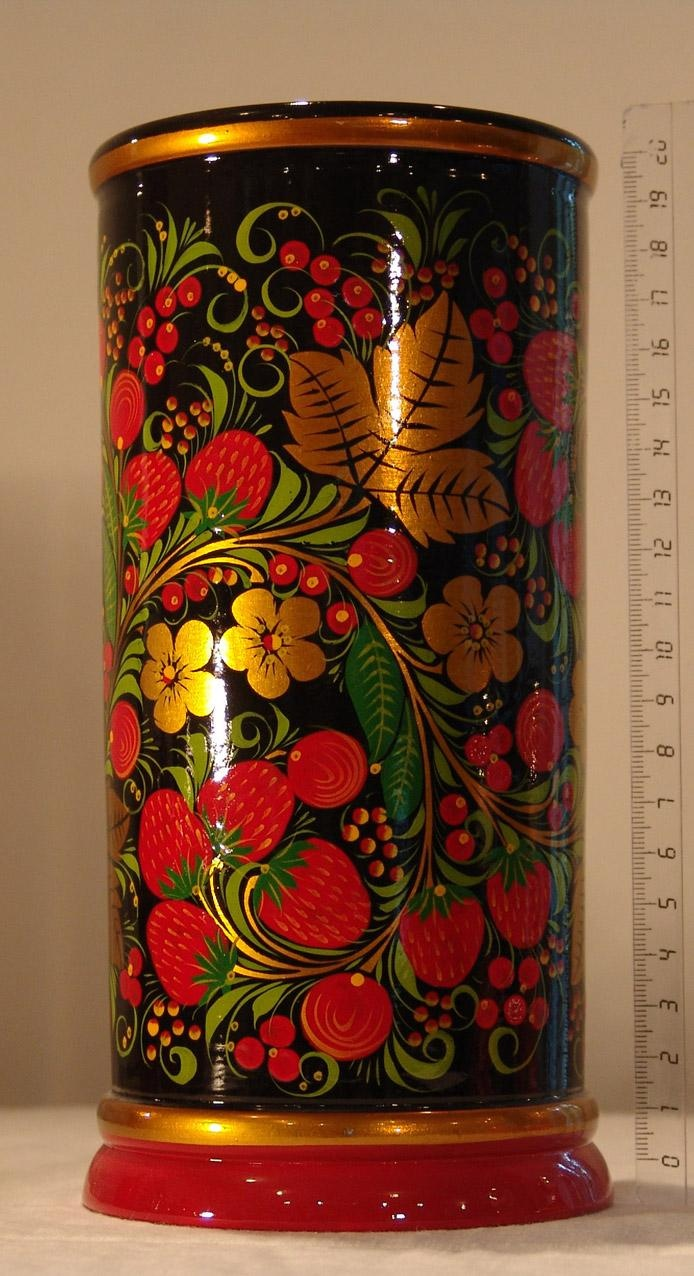 Traditional Russian craft - Khokhloma