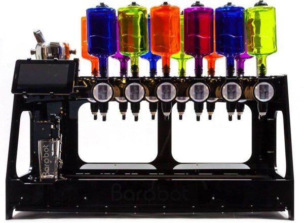 一家に一台欲しい...!自動でカクテルを作ってくれるロボット「Barobot」
