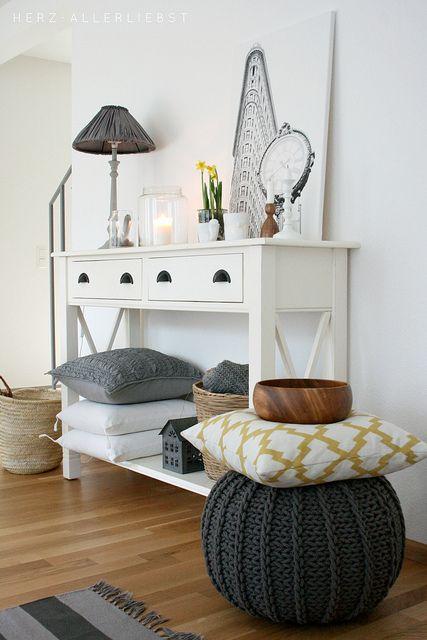Wohnzimmer im Januar by herz-allerliebst, via Flickr