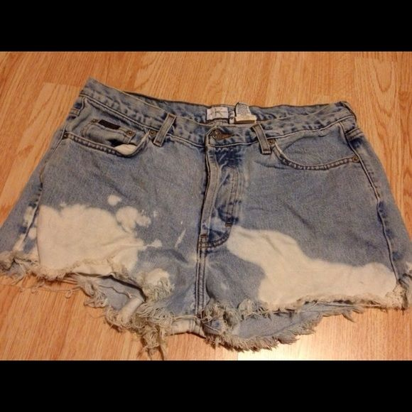 Calvin Klein Jean Shorts Worn a few times and has no visible flaws!!  Size: 13 Calvin Klein Shorts Jean Shorts