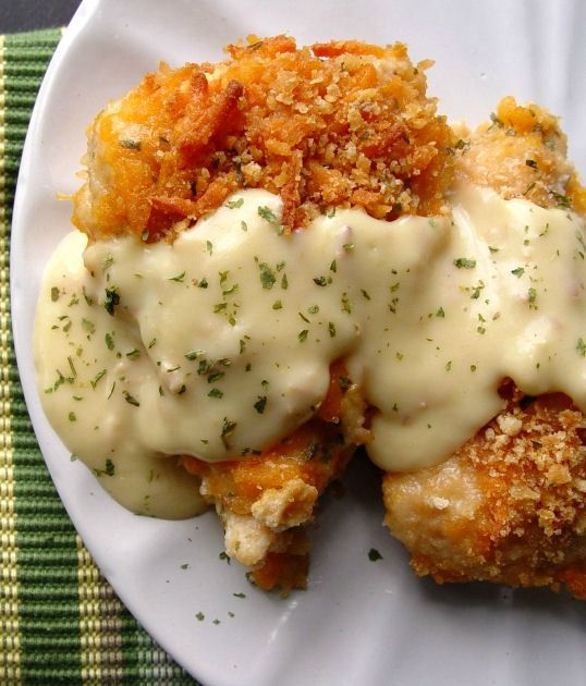 Recipe For Crispy Cheddar Chicken - I have a simple dinner recipe for you today. Simple and easy and tasty and smile provoking…an all around treasure.