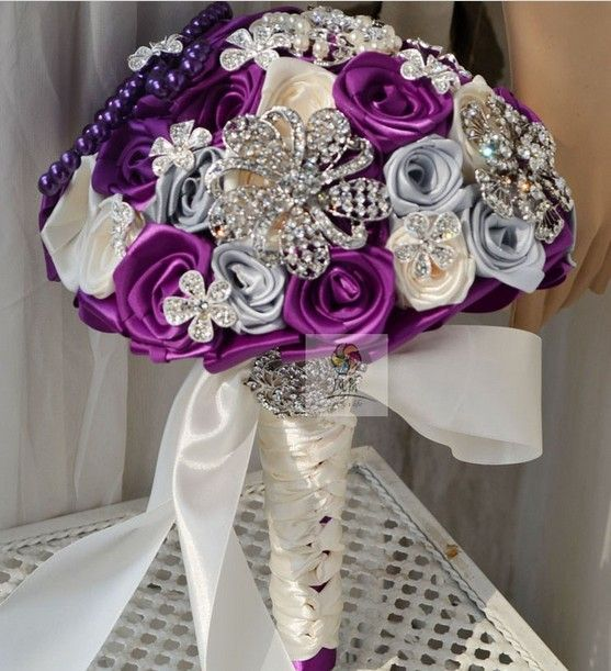 crystal bouquets/purple | ... viola rose bouquet da sposa bright crystal spilla bouquet da sposa