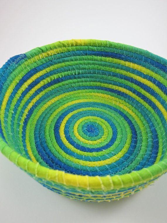 1000+ images about Fabric coiled baskets on Pinterest ...