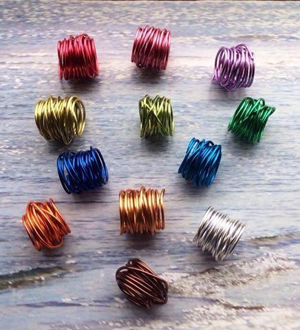 Anelli in alluminio colorato € 8,00 http://www.facebook.com/rdrcreazioni
