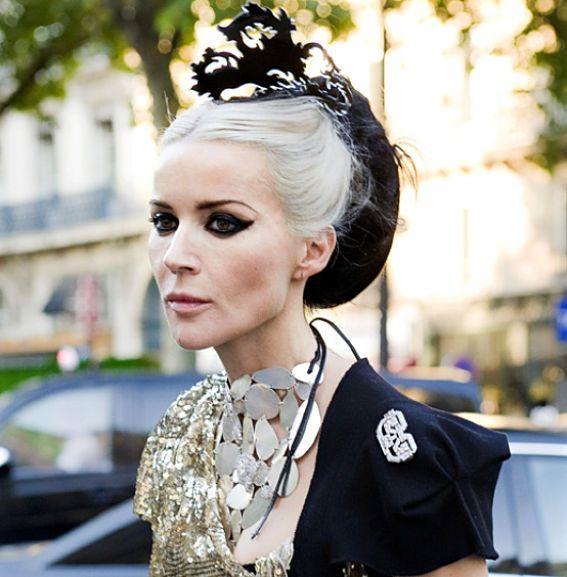 longtime fan of Daphne Guinness' eccentric black & white style