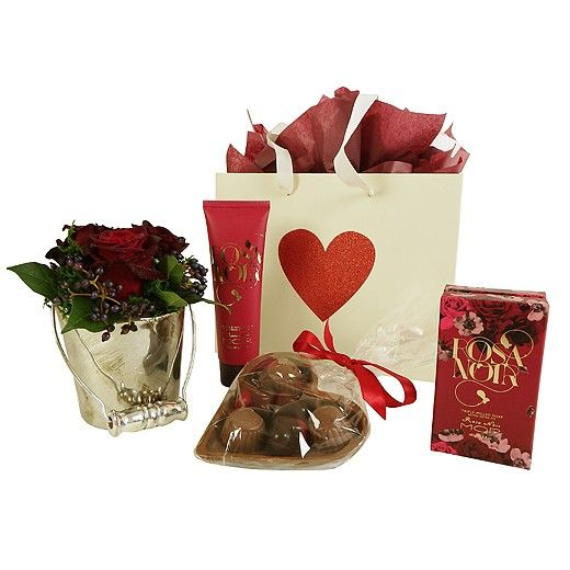 Hearts + Roses Deluxe Valentines Gift - Auckland Only