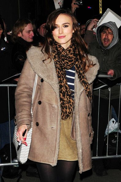 "Keira Knightley Photos Photos - Keira Knightley is welcomed by a large crowd of eager fans as she leaves the Comedy Theatre after her performance in ""The Misanthrope. - Keira Knightley Leaves the Comedy Theatre"