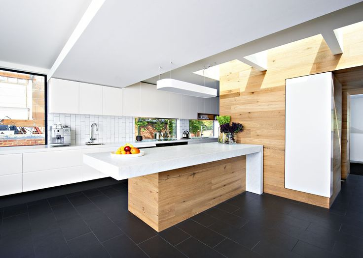 A cantilevered bench in a Cantilever kitchen | Made in Brunswick, Melbourne | www.cantileverinteriors.com
