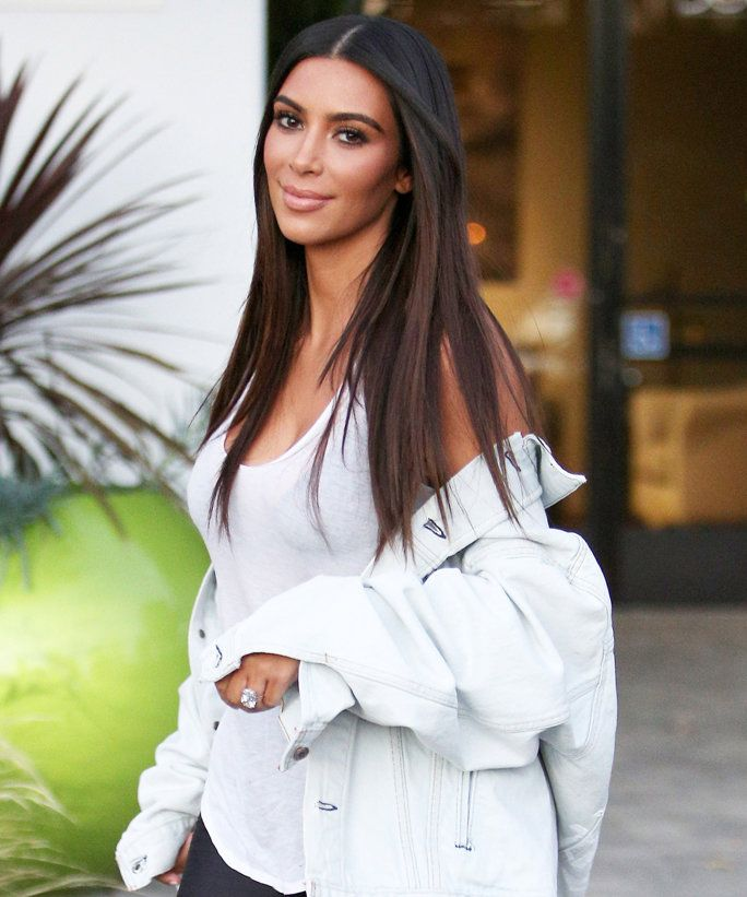 Kim Kardashian West Shares Home Video from Her Middle School Graduation…