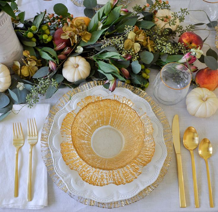 Holiday Entertaining – Thanksgiving Table