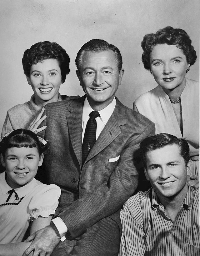 Father Knows Best cast photo 1960 - Father Knows Best - Wikipedia, the free encyclopedia