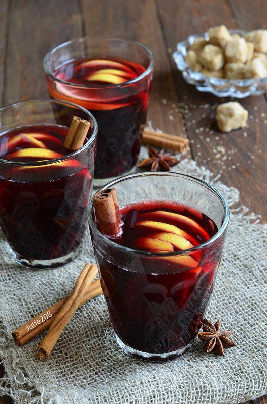 Наступила зима, и горячие напитки как нельзя кстати приходят нам на помощь в холода и морозы... Согревающие, бодрящие, полезные и немного алкогольные, всегда…