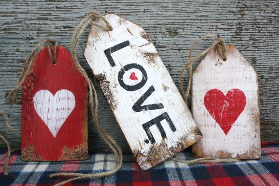 FREE SHIP Love Heart Valentine's Day Rustic by wood tags wreath, decoration by TheUnpolishedBarn