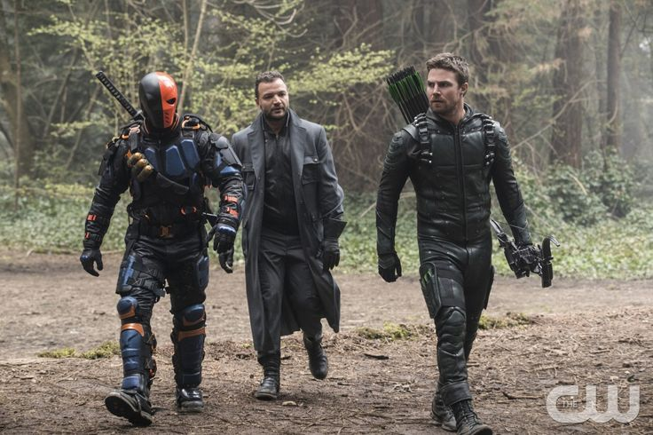 "#Arrow 5x23 ""Lian Yu"" -   Deathstroke/Slade, Digger Harkness (star, Nick E. Tarabay), and Oliver"