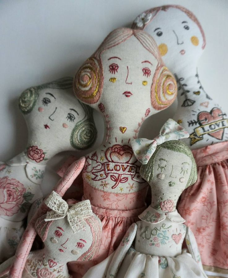Today did a lot of photos of my dolls for store....I hope the photo with the details are informative enough for you! If you want more details about the dolls, please write to me in direct! #artdoll #dollartist #doll #dollmaker #fabricdoll #textiledoll #etsy #embroidery #embroidereddoll #interiordoll #clothedoll #handmade #handmadedoll #кукларучнойработы #коллекционнаякукла #интерьернаякукла #хендмейд #вышивка