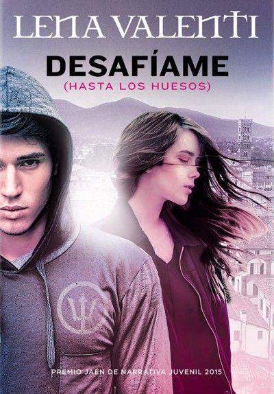 Hace unos meses la escritora #LenaValenti fue galornada con el premio Premio Jaén de Literatura Juvenil por su libro Desafíame (hasta los huesos).