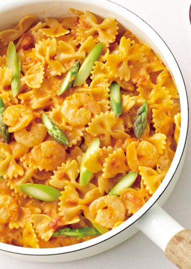 えびとアスパラのトマトクリーミーパスタ のレシピ・作り方 │ABCクッキングスタジオのレシピ | 料理教室・スクールならABCクッキングスタジオ