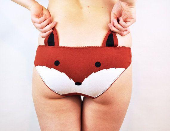 Hey, diesen tollen Etsy-Artikel fand ich bei http://www.etsy.com/de/listing/160025214/panties-with-a-fox-face-and-ears
