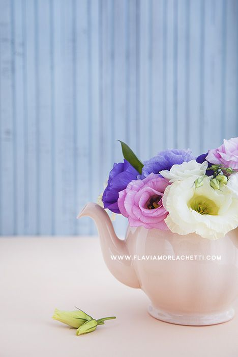 Lisianthus flowers and teapot ~ Still Life Photography ~ www.flaviamorlachetti.com