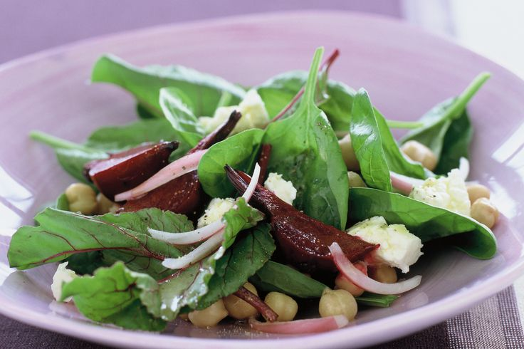 Beet root and chickpea salad