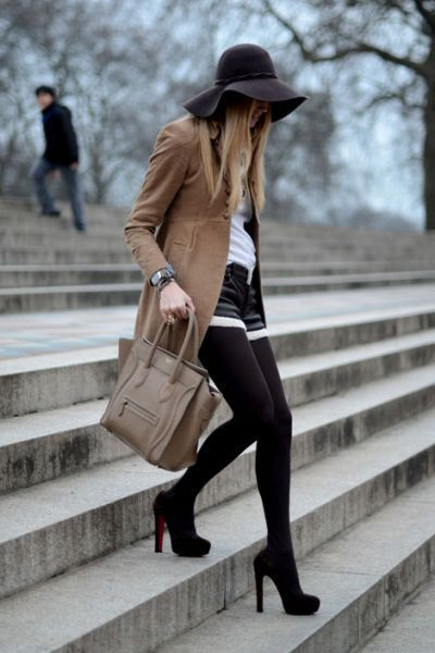 Chic on the go.