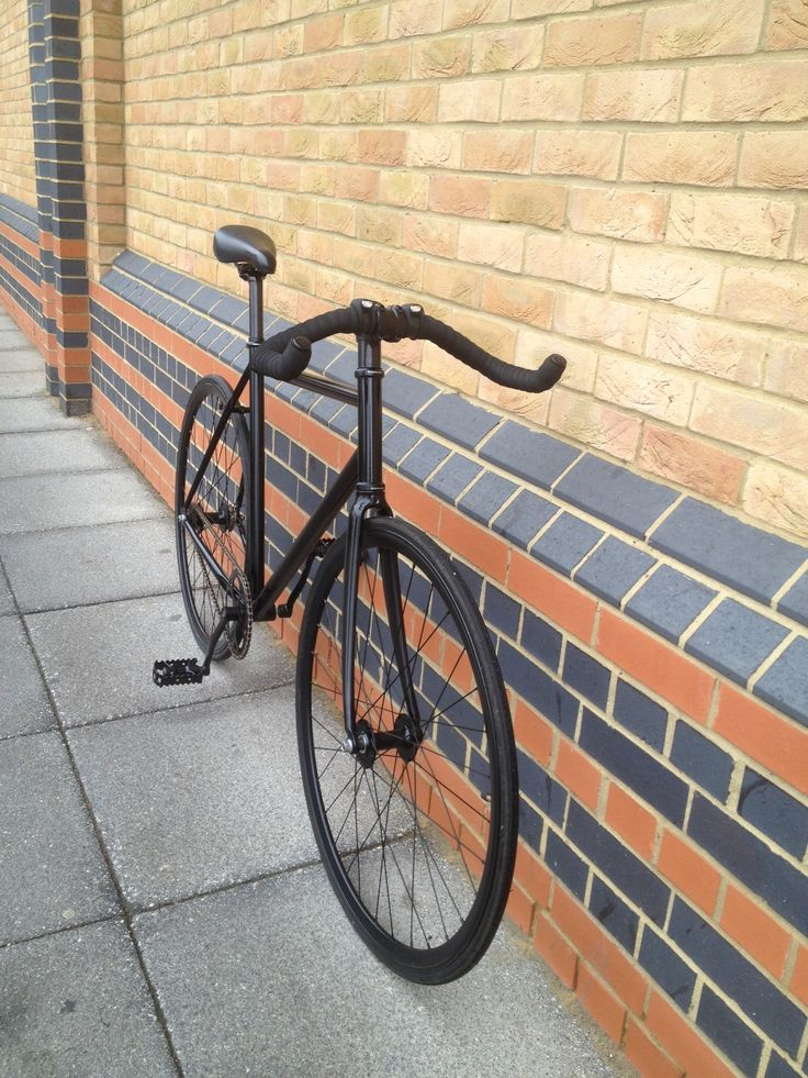 """Introducing the """"Sleek Interceptor"""" a blend of aluminium and carbon fibre with fixed gear drive provides bare rudeboy danger  Email mcsimsi@hotmail for more info"""