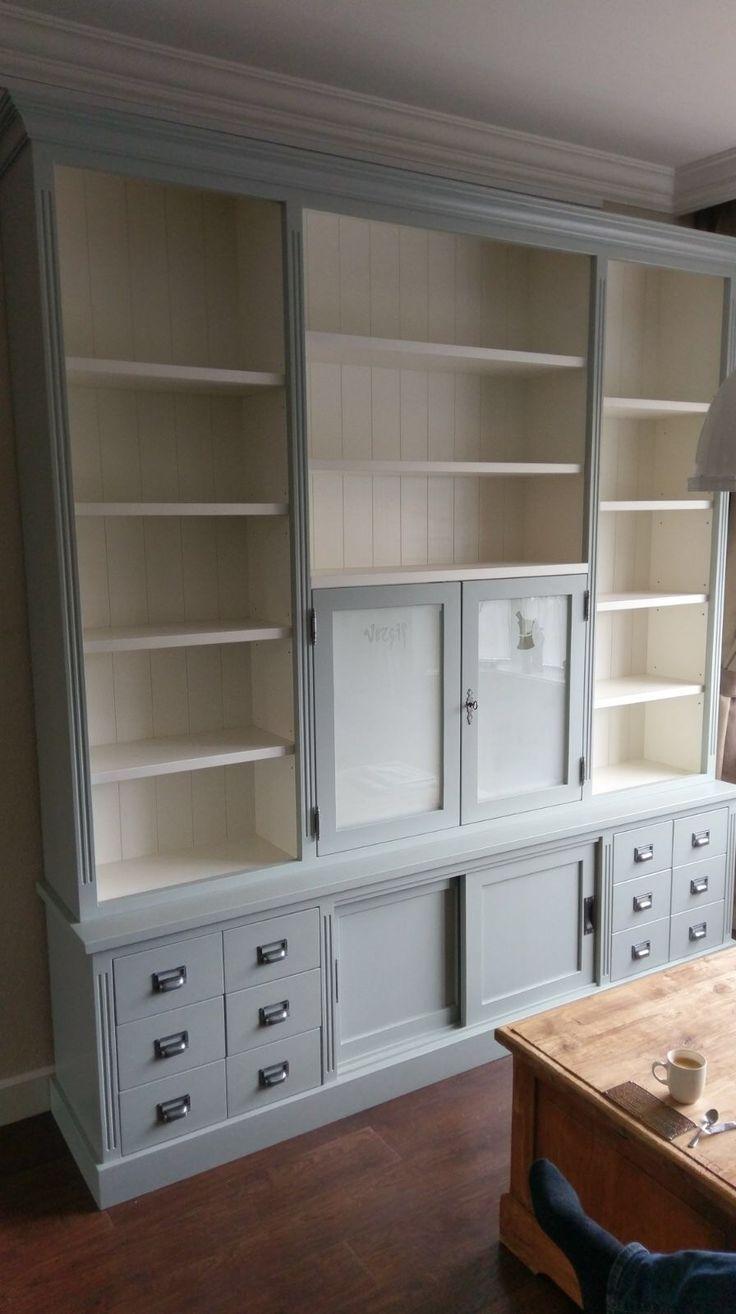 De 25 populairste idee n over grijze kasten op pinterest grijze keukenkastjes kasten - Eigentijdse designer kasten ...