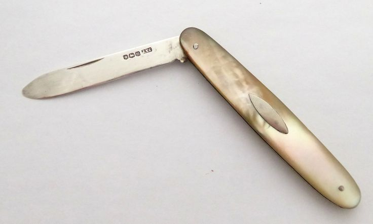 Antique 1929 John Yeomans Cowlishaw Sterling Silver Pocket Fruit Knife with a Pearl Handle DAMAGED - The Collectors Bag