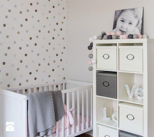 Aranżacje wnętrz - Pokój dziecka: Metamorfoza mieszkania 80m2 - Pokój dziecka - Meblościanka Studio. Przeglądaj, dodawaj i zapisuj najlepsze zdjęcia, pomysły i inspiracje designerskie. W bazie mamy już prawie milion fotografii!