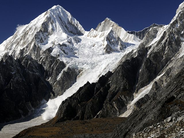 Nemjung Himlung Himal Avalanche Viewed From Larkya Pass