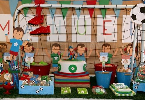 Dulces ideas para una espectacular fiesta infantil f tbol - Mesa dulce infantil ...