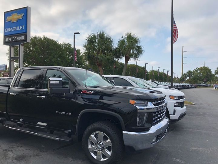 Shop 800 New And Pre Owned Pickup Trucks Thatsalotoftrucks Choose From Ford F150 And F250 Toyota Tundra And Tacoma Ram New Trucks Chevy Colorado Chevrolet