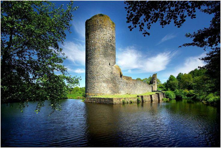 Ruine der ehem. Wasserburg Baldenau / Hunsrück (2) von Mohr Wilfried
