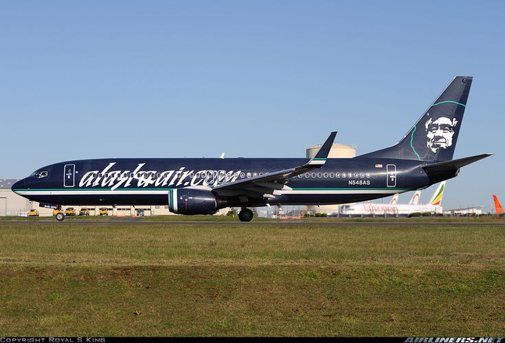 Alaska Airlines N548AS Boeing 737-890 aircraft picture