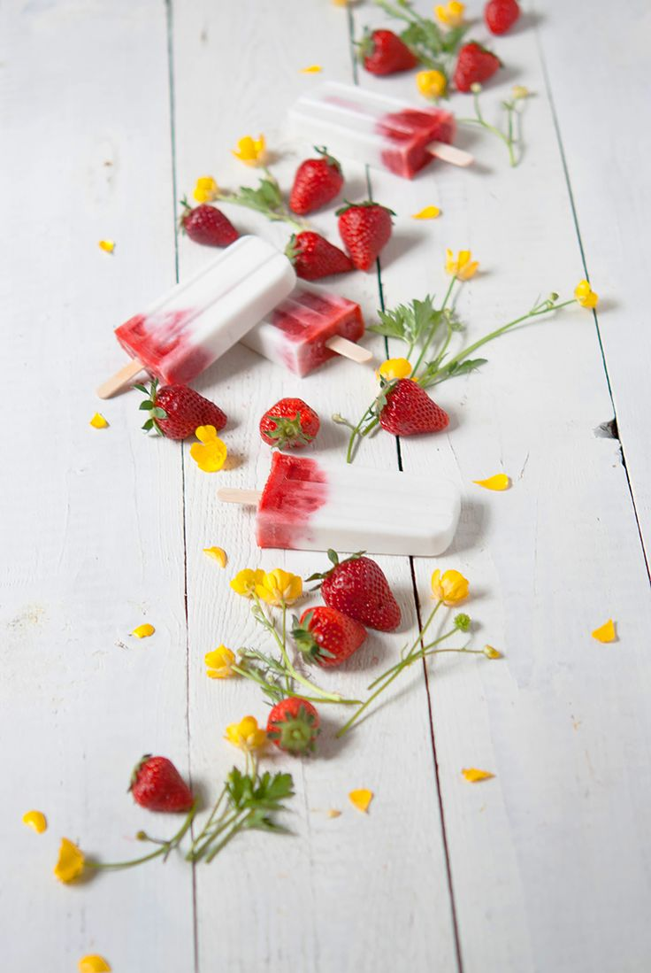 Strawberry Coconut Popsicles | Love Nonpareille