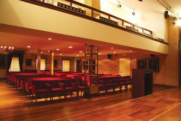 Αίθουσα συναυλιών στην Κέρκυρα, Καρδάκης Χριστόφορος