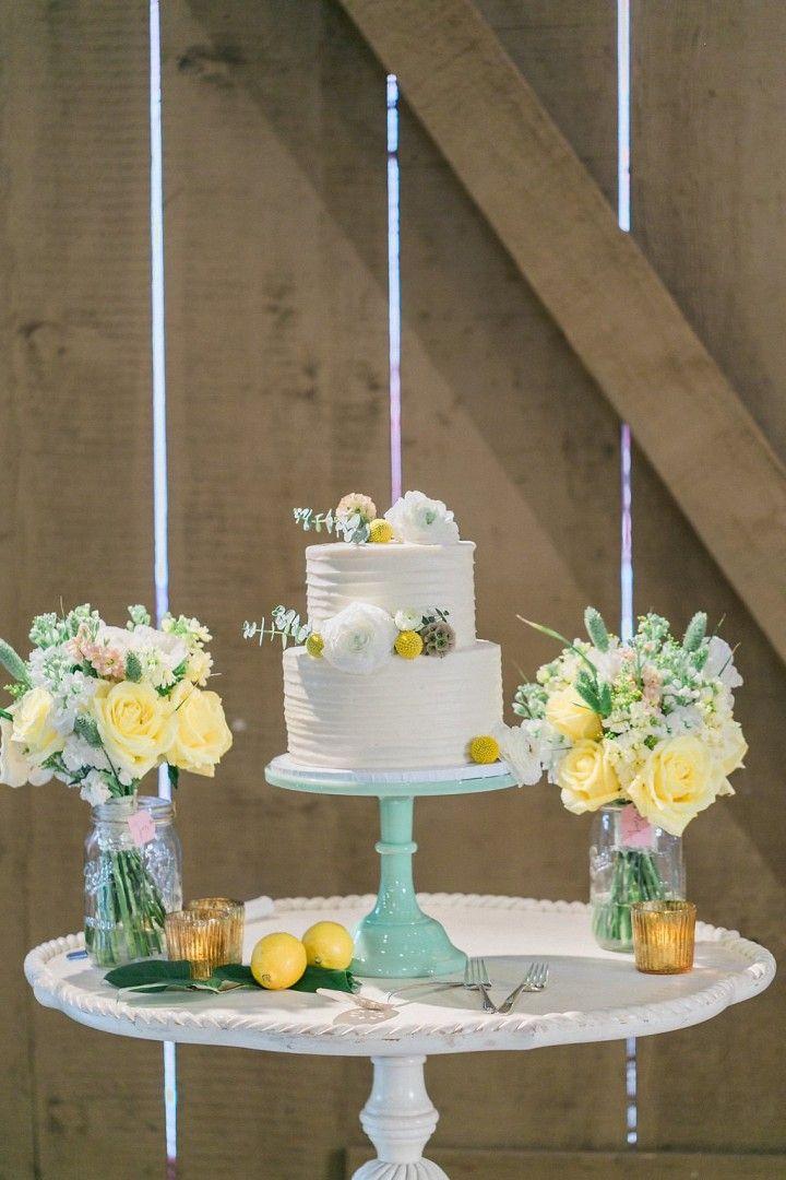 wedding cake idea; photo: Maria Schwaller