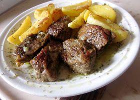 M οσχαράκι λεμονάτο στο φούρνο         θα χρειαστούμε:   1 κιλό μοσχάρι ψαχνό σε μερίδες   1 ξερό κρεμμύδι σε λεπτές φέτες   2 σκελίδες σ...