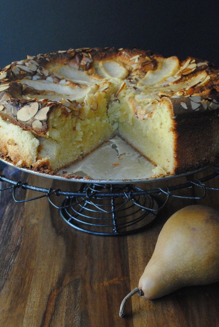 Pear and almond pudding cake recipe